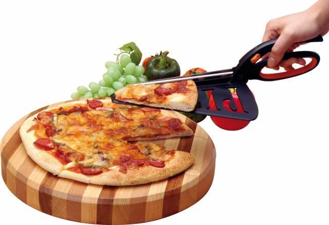 5. กรรไกรตัดพิซซ่า