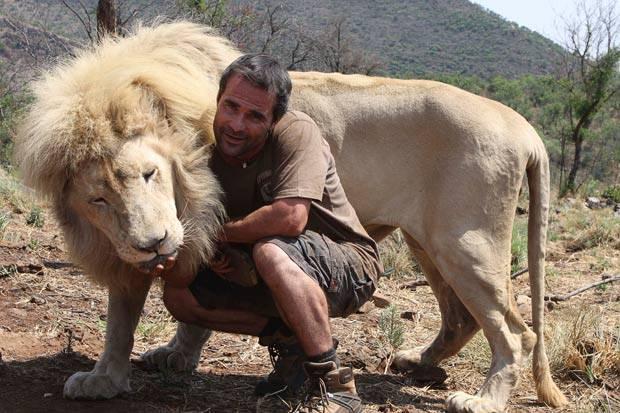 2. Kevin Richardson มนุษย์สิงโต3