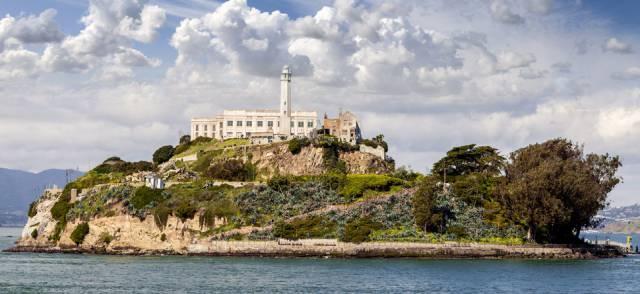 3. เกาะอัลคาทราซ ในแคลิฟอร์เนีย ประเทศสหรัฐอเมริกา