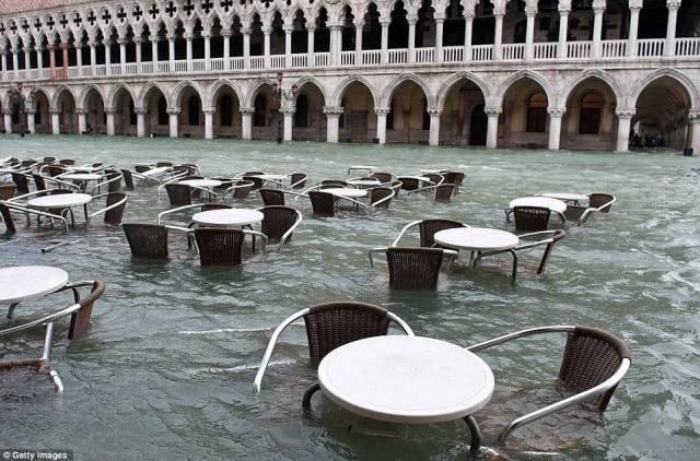 4. เมืองเวนิส ประเทศอิตาลี 4