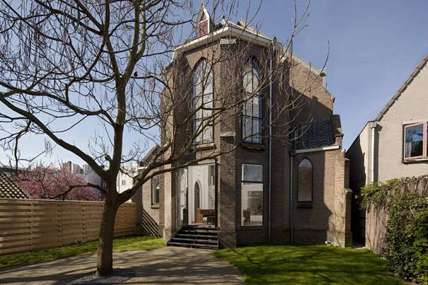 9. บ้านสมัยใหม่ แปลงมาจากโบสถ์ ประเทศฮอลแลนด์