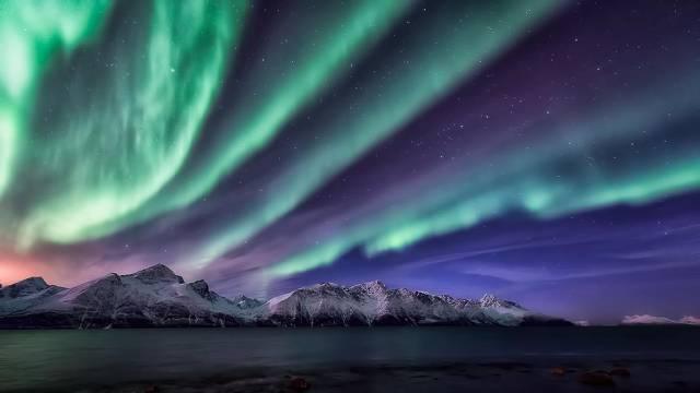 12. ปรากฏการณ์ ออโรรา (Aurora) 1