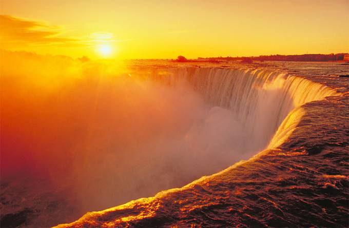 3. Niagara Falls USACanada