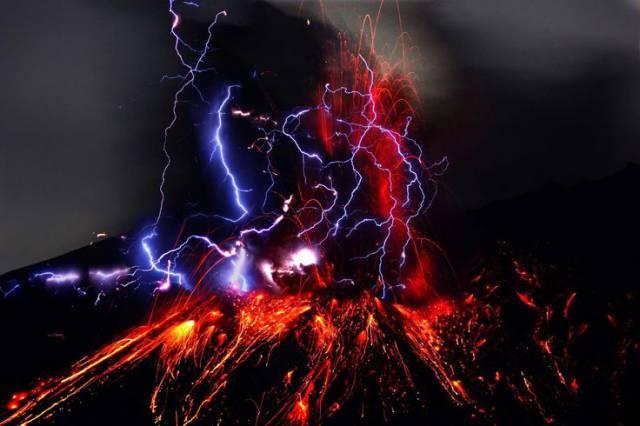 4. ปรากฏการณ์ สายฟ้าแห่งภูเขาไฟ1
