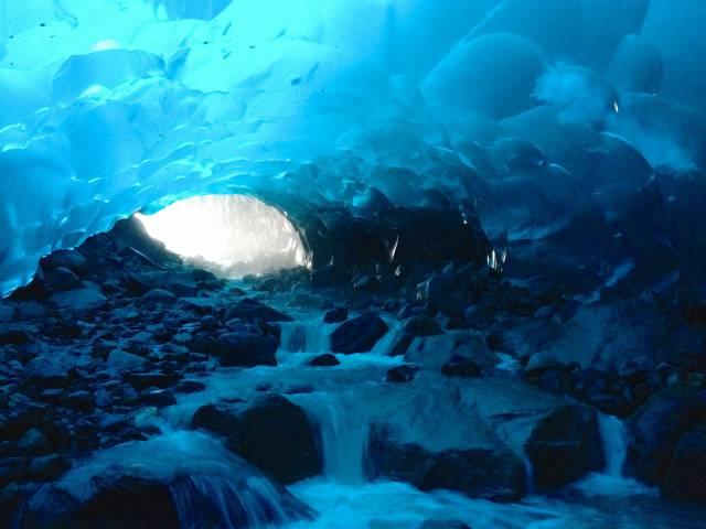 7. ถ้ำน้ำแข็ง เมนเดนฮอลล์5