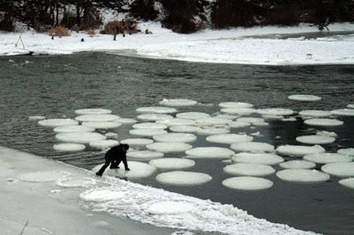 7. ปรากฏการณ์ ไอส์เซอร์เคิ้ล ( Ice Circle )56