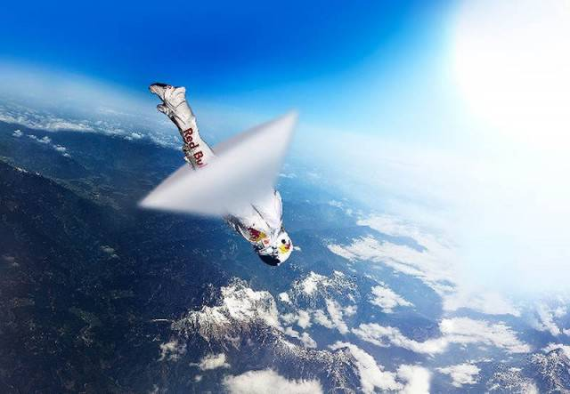 More-than-eight-million-people-flocked-to-their-devices-to-watch-Felix-Baumgartner-break-the-speed-of-sound-live-on-YouTube