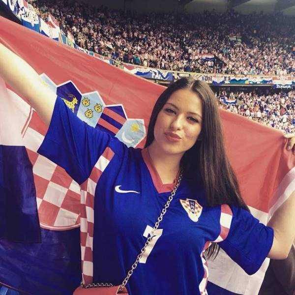 hot-euro-2016-female-fans-2