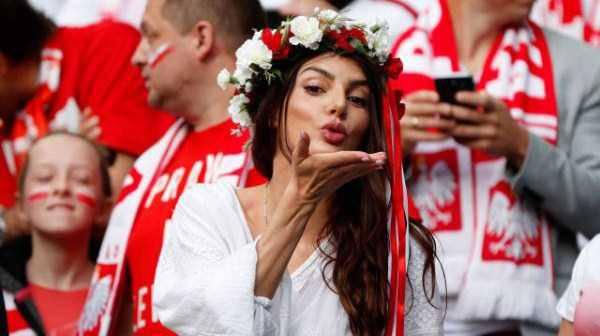 hot-euro-2016-female-fans-31