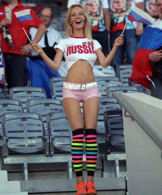hot-euro-2016-female-fans-34