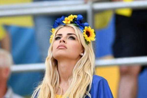 hot-euro-2016-female-fans-42