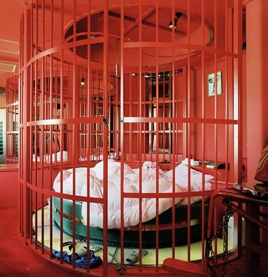 love_hotels_misty_keasler_08