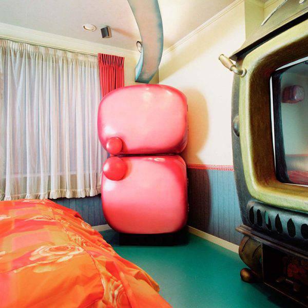 love_hotels_misty_keasler_25