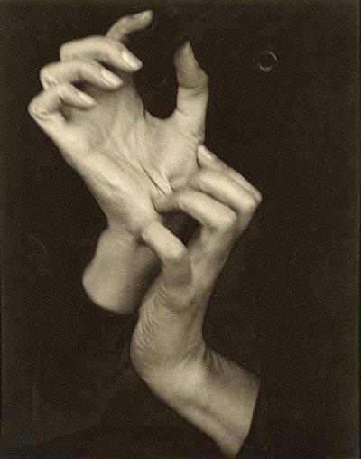 13. Alfred Stieglitz