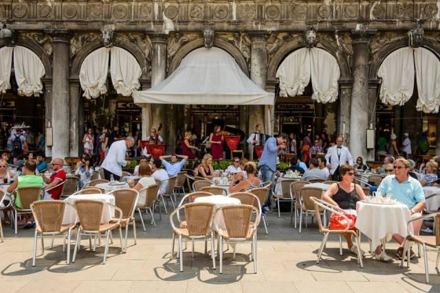 15. ดนตรีฟรีๆ เมืองเวนิส