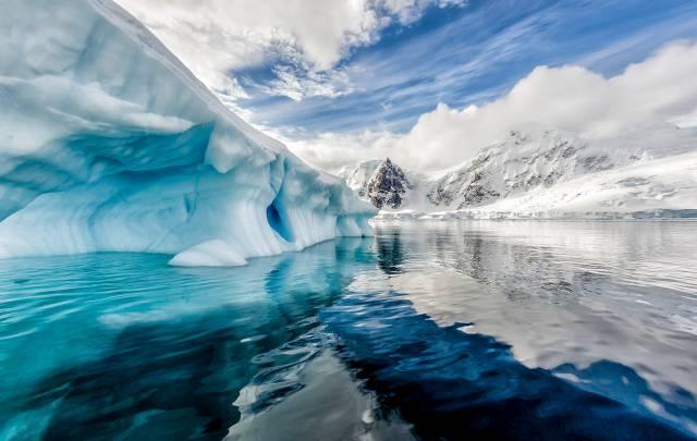 antarctica-canyon02