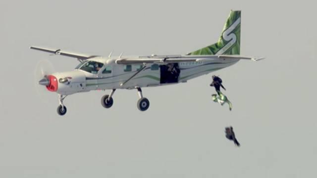 luke-aikins-plane-jump
