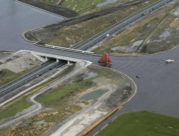1. Aqueduct Langdeel ประเทศเนเธอร์แลนด์