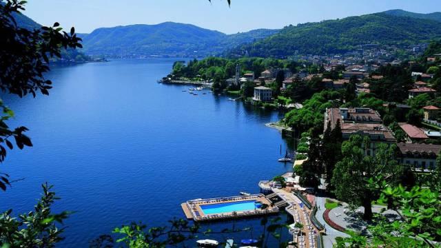 15. Villa d'Este's floating pool in Lake Como