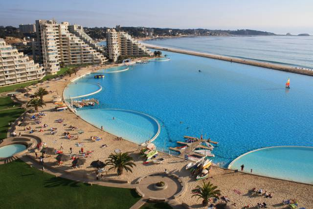 16.The pool at San Alfonso del Mar in Chile