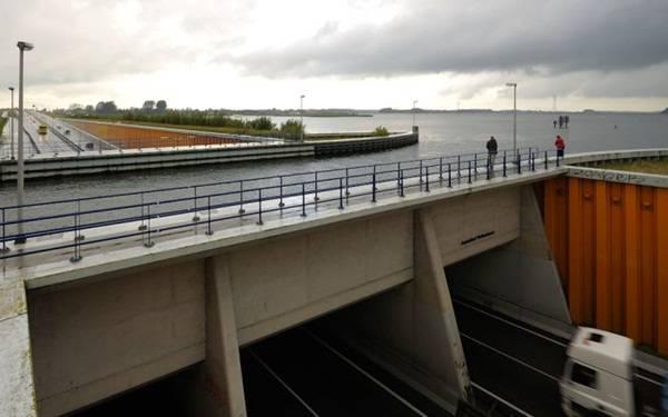4. Aqueduct Veluwemeer ประเทศเนเธอร์แลนด์1