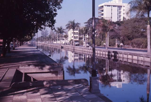 59. ถนนริมคลองในจังหวัดกรุงเทพ ปี 1970