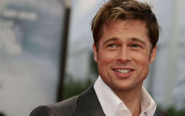 brad_pitt_actor_man_smile_celebrity_hollywood_18951_1920x1200