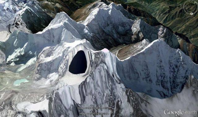 ufo-base-himalayas-google-earth-1